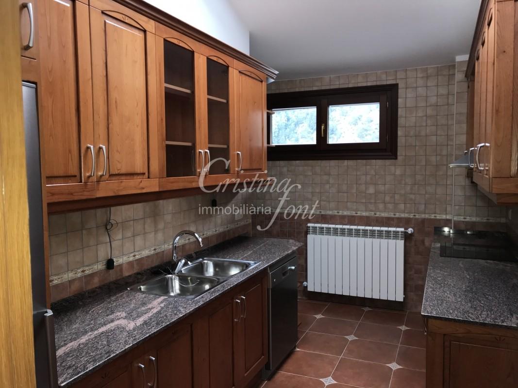 Àtic en venda a Arinsal, 3 habitacions, 100 metres