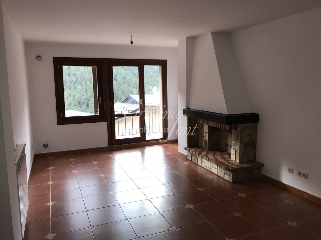 Pis en venda a Arinsal, 2 habitacions, 96 metres