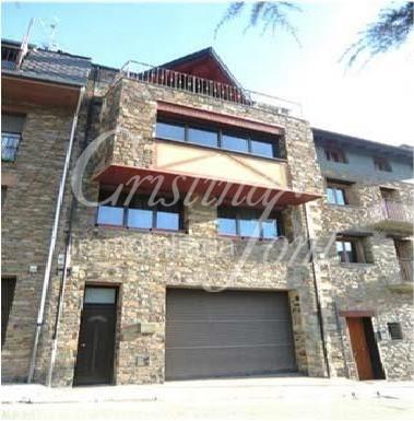 Casa adossada en venda a Aixirivall, 3 habitacions, 295 metres