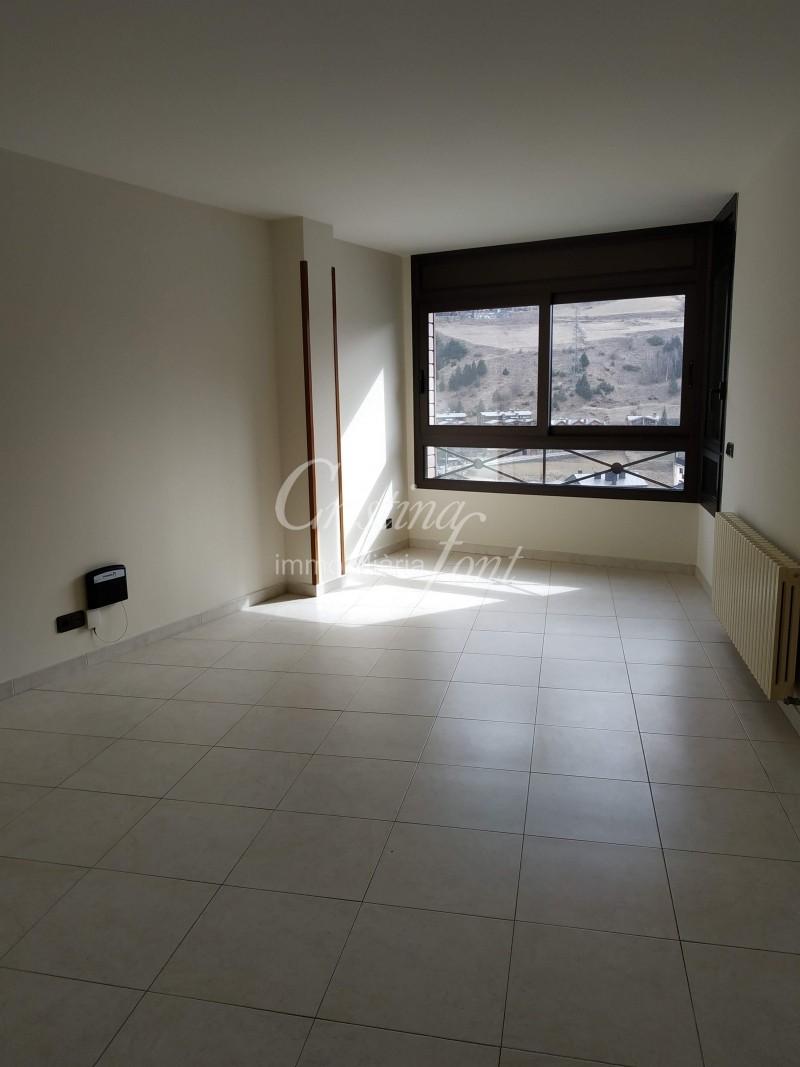 Pis de lloguer a Canillo, 2 habitacions, 66 metres